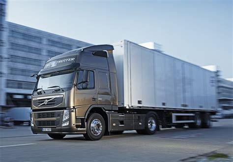 Volvo Kamioni Počinju Prodaju Nove Verzije Modela Fm