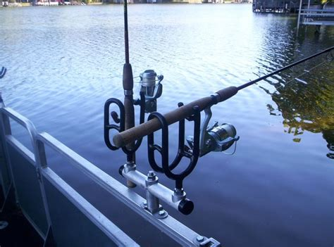 Best Rod Holders For Pontoon Boats by 25 Best Ideas About Boat Rod Holders On Rod