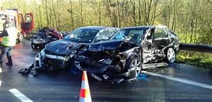 Autoroute A13 Accident : carambolage sur l 39 autoroute en normandie trois bless s en urgence absolue ~ Medecine-chirurgie-esthetiques.com Avis de Voitures