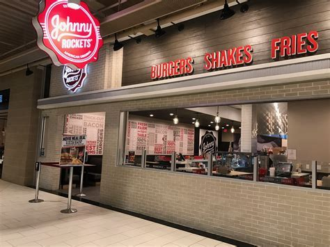 Johnny Rockets in West Nyack Launches 2.0 Design ? Boozy Burbs