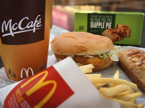 mc cuisine why mcdonald 39 s food rots despite what social media wants