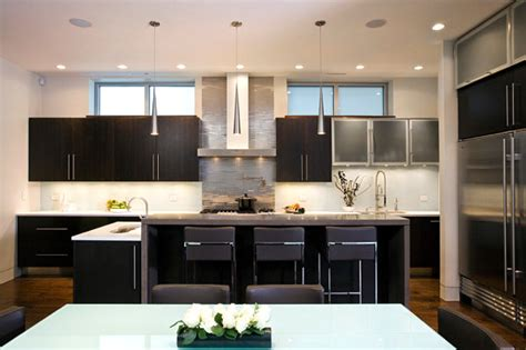 Inspiration From Kitchens With Stainless Steel Backsplashes Boat Spot Light Tag Bulb Floating Lights Blaster Strobe Solar Powered Grow Kitchen Fixture Up Crocs