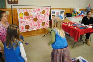 A Girl Scout leader shared their World Thinking Day event ...