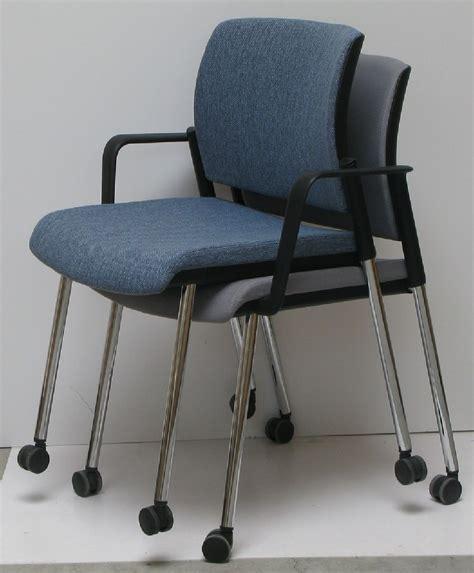 chaise de réunion chaise de réunion conférence de bureau à roulettes office 70