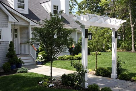 front yard arbor front of house landscaping landscaping network