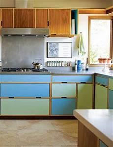 deux peintures pour repeindre les meubles de cuisine With palette de couleur turquoise 7 meuble de jardin en palette de bois cate maison