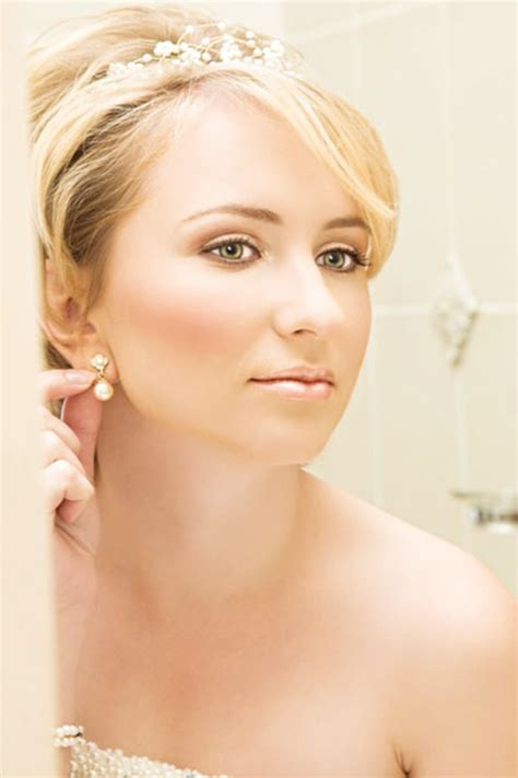 wedding hairstyles  short hair   short