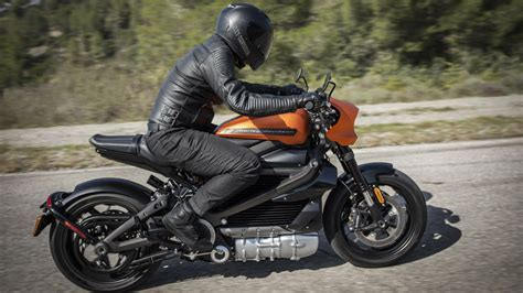 Harley-davidson Debuts Its Livewire Electric Motorcycle At