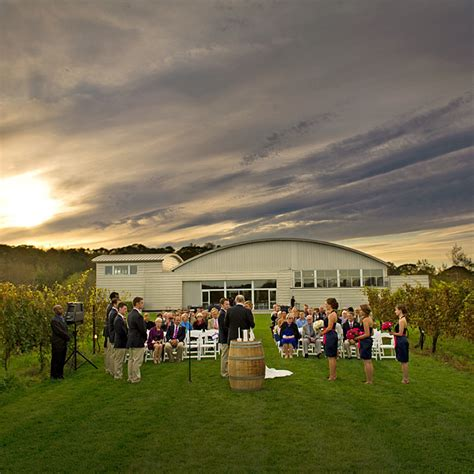 Saltwater Farm And Vineyard Meals And Drinks Photos