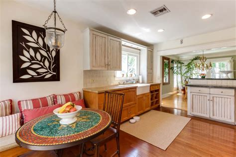 lucille balls   hollywood home  officially   market   milliontake