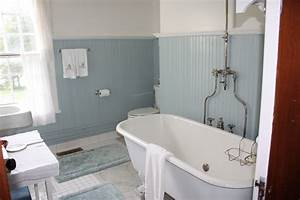 Vintage bathrooms let39s face the music for Vintage bathroom