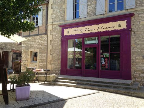 hotel dijon chambre familiale auberge du vieux pressoir restaurants de dijon métropole