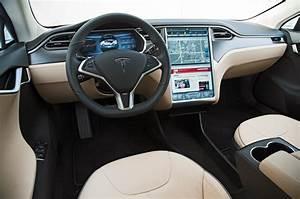 2013-Tesla-Model-S-interior - O Estatístico