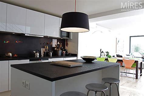 photo de cuisine ouverte sur sejour davaus modele cuisine ouverte sur sejour avec des