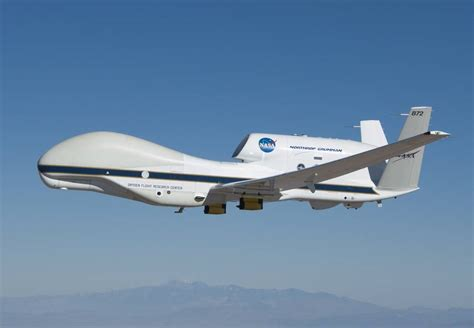 hawk nasa global hurricane drone aircraft airborne drones climate center earth matthew flight atmosphere mission change flying into scientists fly