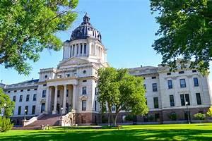 South Dakota State Capitol Stock Photo - Image: 49673994
