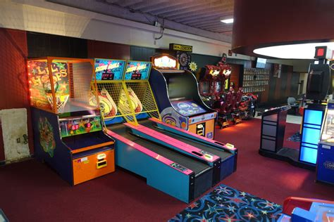 arcade game room midland family bowling