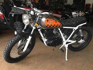 Moto Suzuki 125 : suzuki gn 125 brick7 motos ~ Maxctalentgroup.com Avis de Voitures