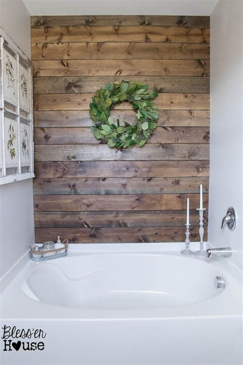 Looking for easy bathroom wall decor ideas? DIY Bathroom Decor & Storage • The Budget Decorator