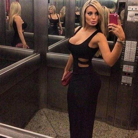 Andressa Urach Hot Pics Mix Barnorama