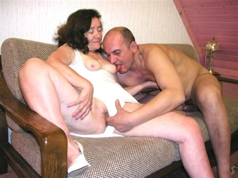 Nasty Granny Gets Her Hairy Pussy Licked And Fingered To