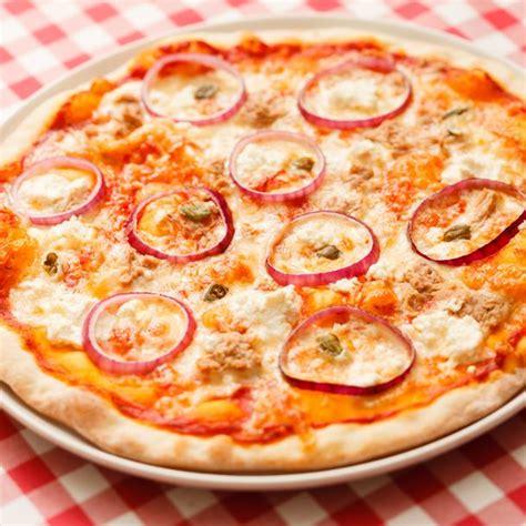 pizza cuisine az recette pizza aux oignons