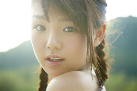 Idol Artificial Intelligence Pertama Di Dunia, Ai Shinozaki