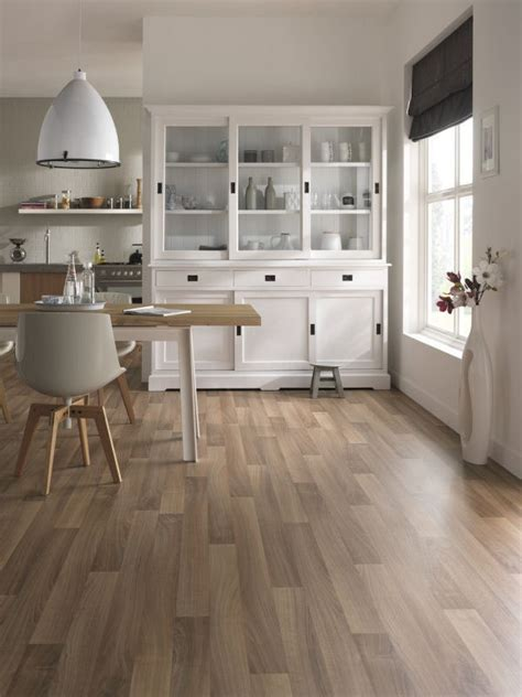 cheap kitchen vinyl flooring affordable flooring ideas top 6 cheap flooring options 5334