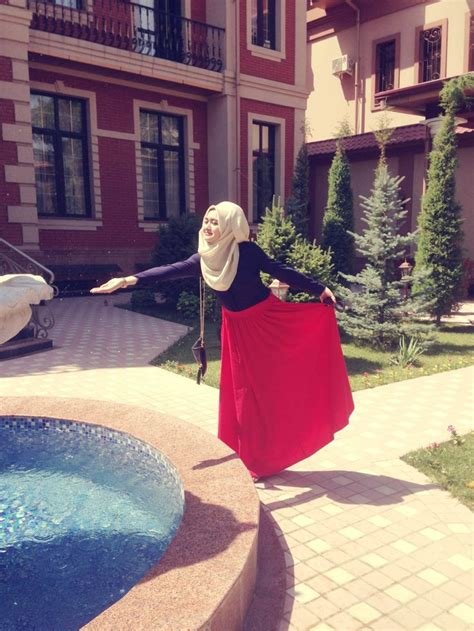122 best images about Hijab fashion on Pinterest | Black maxi skirts Hijab street styles and ...