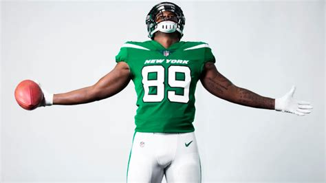 Jets unveil brand new logo and uniforms, including one ...