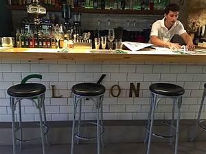 Was Ist Ein Patio : das claxon in palma de mallorca 3 kerle cross over kitchen und ein sch ner patio cookies ~ Frokenaadalensverden.com Haus und Dekorationen