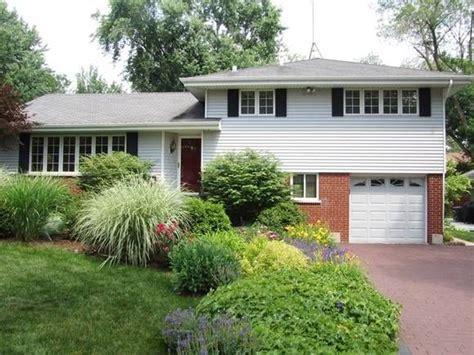 split level house landscaping split level landscaping home design pinterest