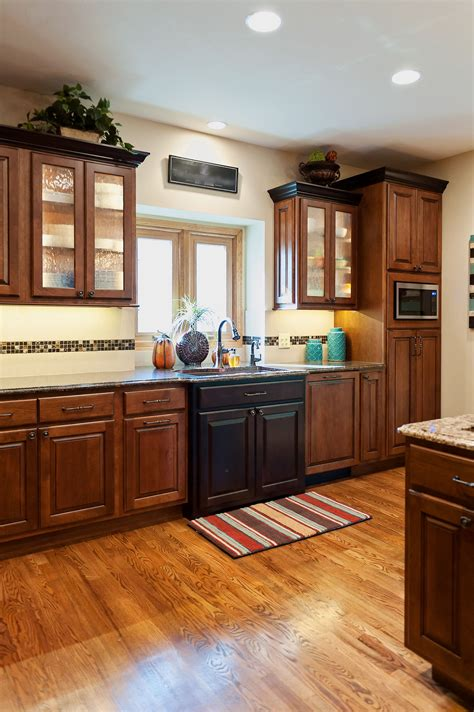 Kitchen Cabinets Lincoln Ne by Kitchen With Maple Cabinets By Reese Construction Inc