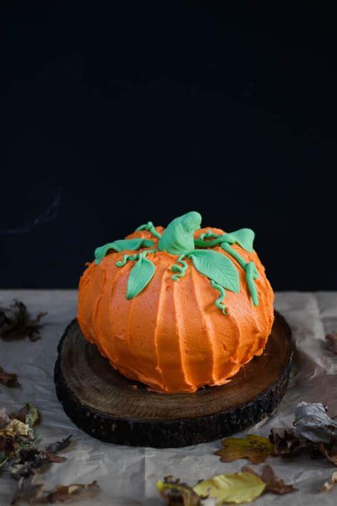 halloween pumpkin bundt cake taming twins