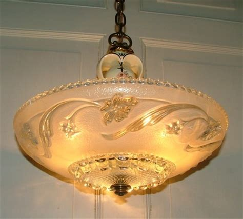 Vintage Dining Room Light Fixture by How High To Hang A Chandelier A Dining Room Table