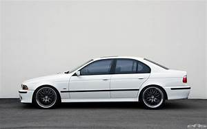 BMW E39 530i Gets Lower at EAS, Still Looks Good ...