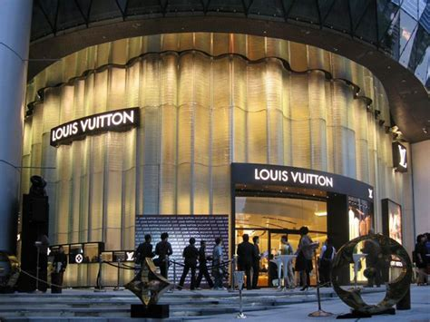 Louis Vuitton Ion Singapore Type Retail Mixed Use