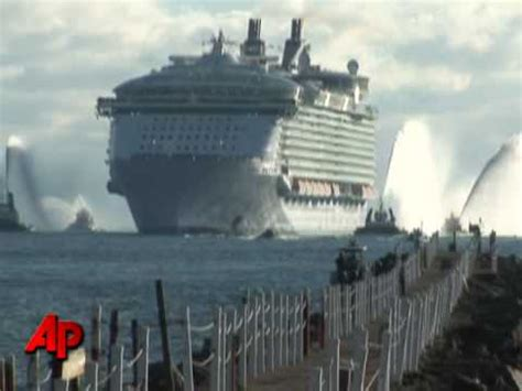 Largest Cruise Ship in the World Compared to Titanic