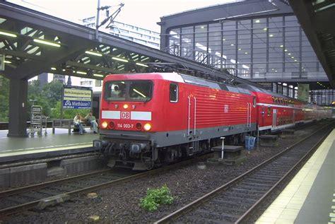 Berlin Zoologischer Garten Bahnhof Br 114.jpg