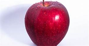 Selective Focus Photo Of Delicious Red Apple Fruit With