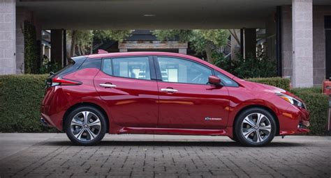 nissan leaf   brings  power  range