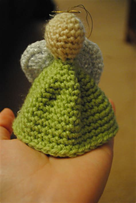 ravelry quick  easy christmas ornament pattern