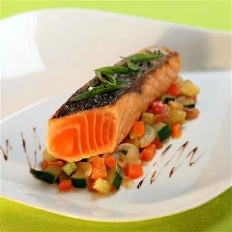 cuisine pavé de saumon recette pavé de saumon de norvège cuit à l 39 unilatéral