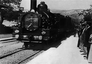 Train à L Arrivée : 1895 l entr e d un train en gare de la ciotat film la lucarne ~ Medecine-chirurgie-esthetiques.com Avis de Voitures