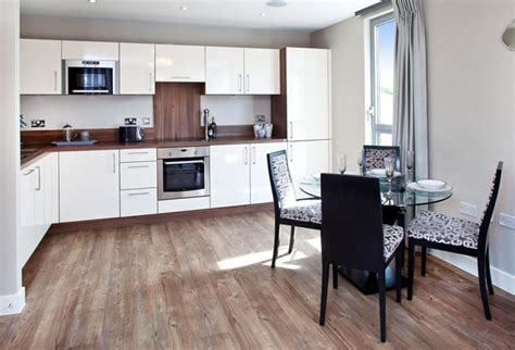 What Are The Pros And Cons Of Wood Flooring In The Kitchen