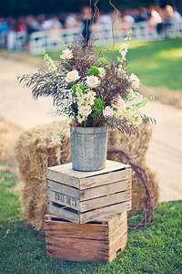 20 great ideas to use wooden crates at rustic weddings With country wedding decoration ideas
