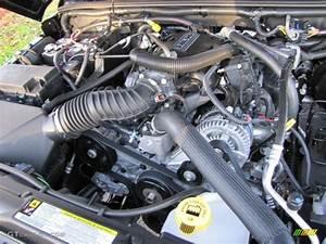 2011 Jeep Wrangler Unlimited Sahara 4x4 3 8 Liter Ohv 12
