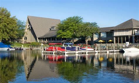 Lake Geneva Boat Rental Deals by The Resort In Fontana Wi Groupon Getaways