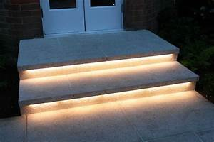 belysningside lumiere spot pinterest exterieur With amenagement terrasse et jardin photo 7 eclairage terrasse et escalier lumiare elec design