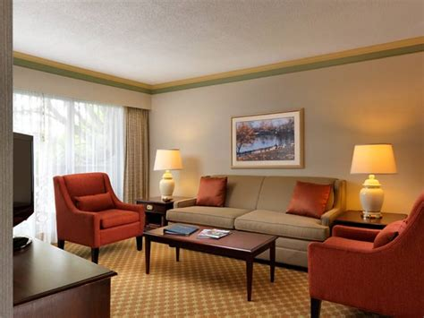 Victoria Accommodations, Victoria Hotel Accommodations